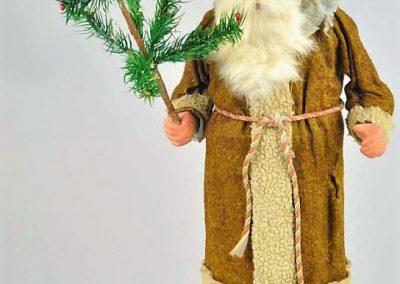 German Weihnachtsmann Figurine 3 C
